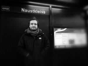 VENTING: Det å vente på bussen forandrer tidssansen, skriver Jonas Vaag,