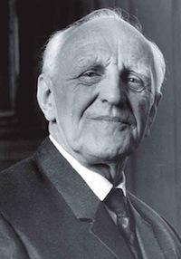 BARNELEGE: Donald Winnicott var barnelege og psykoanalytiker i England. Han har fått stor innflytelse i utviklingspsykologien. Foto: Amaro Studios / Flickr.