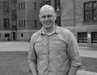 LAR SEG PÅVIRKE: Psykolog Tom Henning Øvrebø fremhever at dommere ikke er immune mot ekstern påvirkning. Foto: Pål Johan Karlsen.