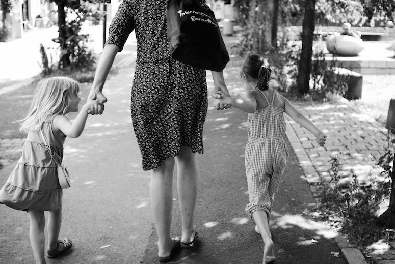Hva kjennetegner tvangstanker hos barn?