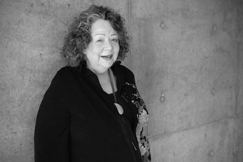 Mennesker er selvlegende – et intervju med Janina Fisher