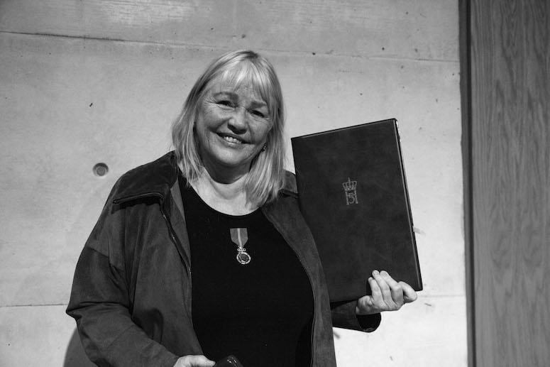 Derfor fikk Marit Bergum Hansen Kongens fortjenstmedalje