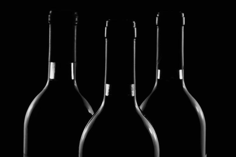 Sammenhengen mellom alkoholbruk og forlenget sorg hos nære etterlatte etter terrorangrepet på Utøya i 2011