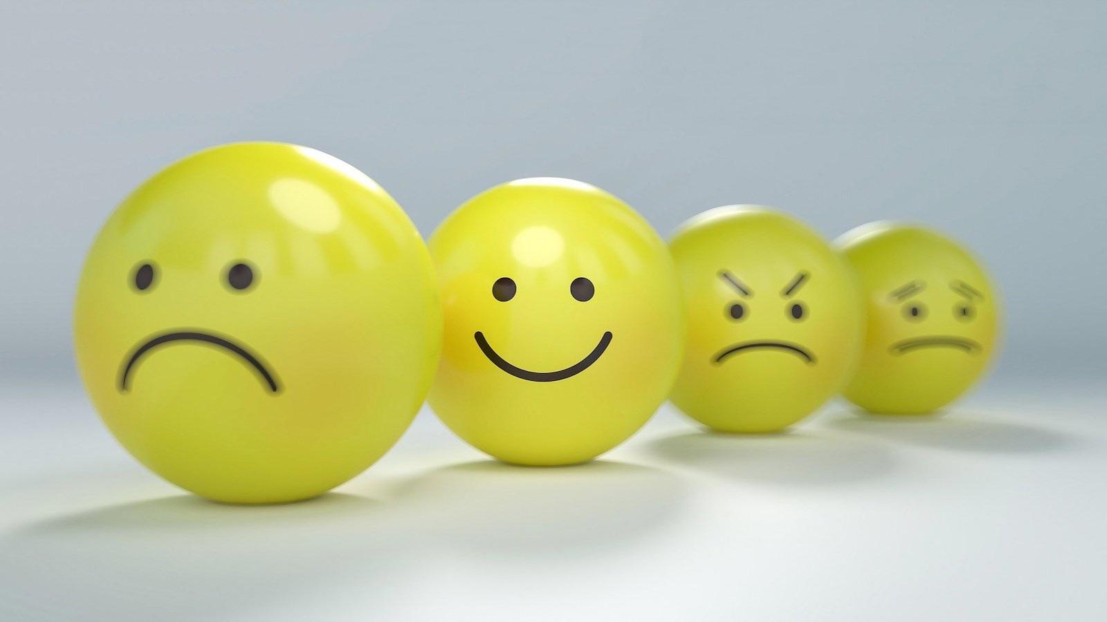 To måter å gi tilbakemelding på: Enkel og spesifisert feedback