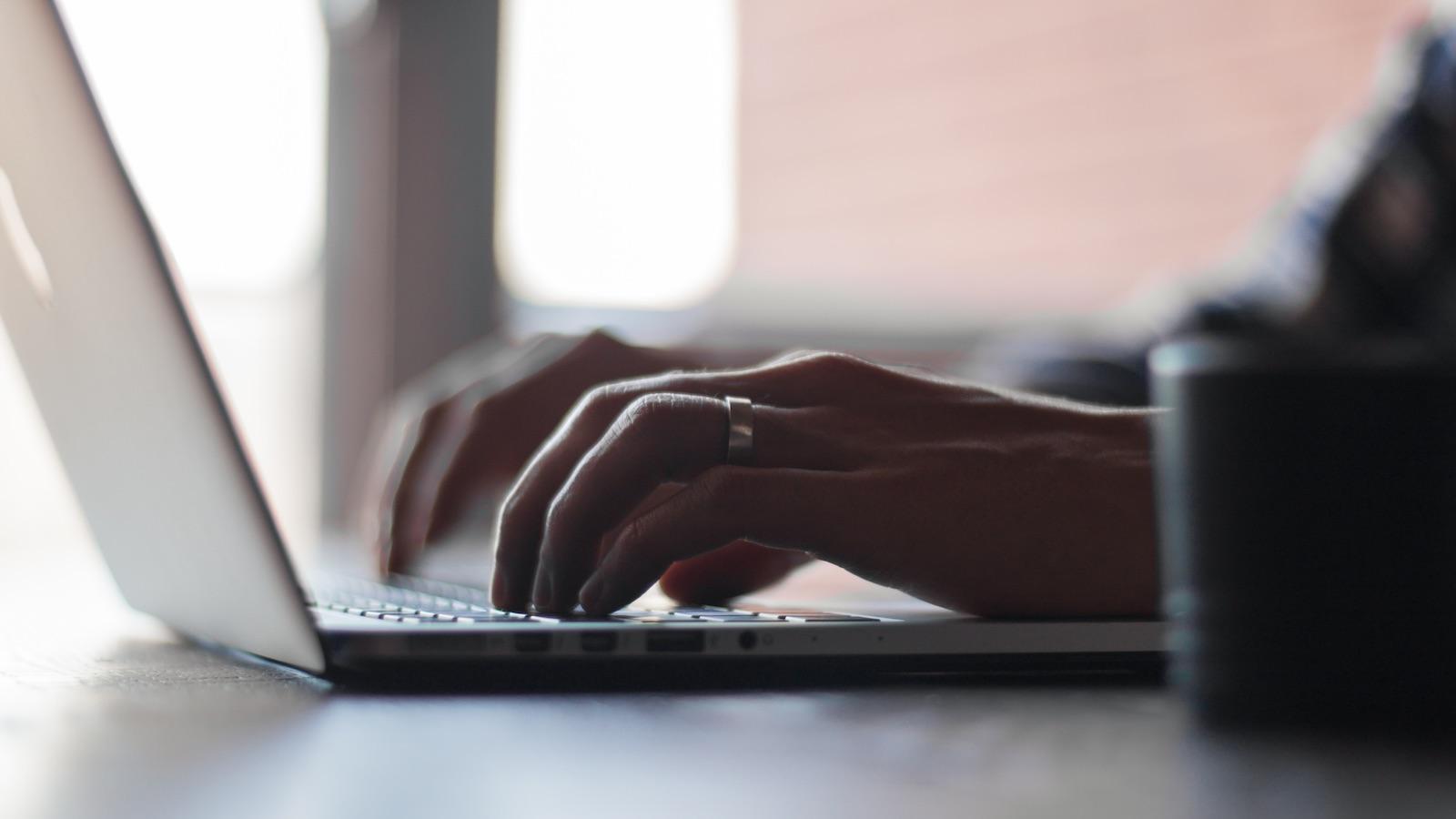 Oppfordrer til online-terapi for å bekjempe koronasmitte